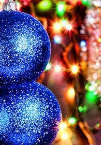blue-christmas-balls-e1355738235197